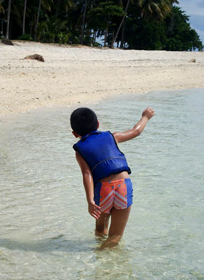 happy ending, little boy at the beach, son, child, Aliguay Island, Dapitan