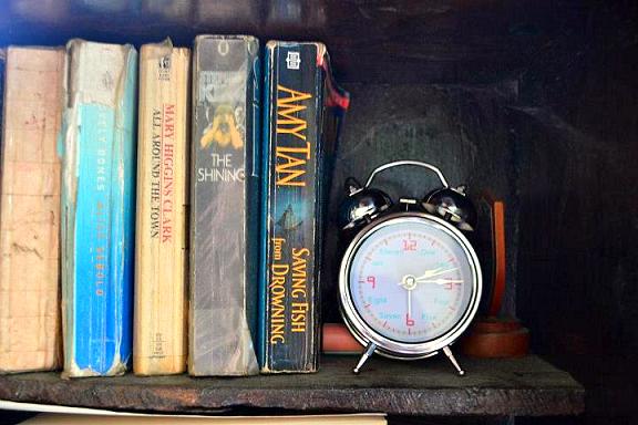 bookshelf, time, clock, alarm clock, shelf