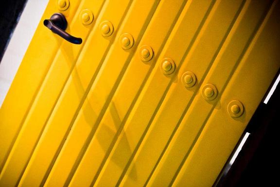 door, yellow, finding love