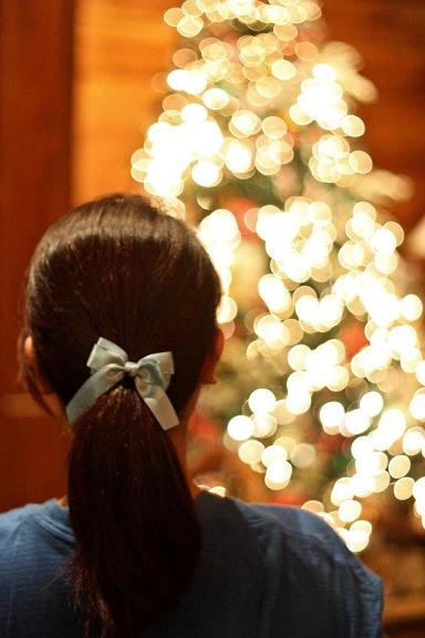 tree, christmas, blue ribbon